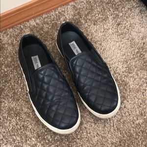 Steve Madden Day Shoes